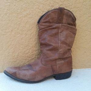 DINGO  Brown Cowboy Boot Size 9.5